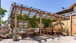 Der Metzgerwirt - Terrasse im Sommer ©becknaphoto