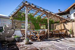 Sommergenuss auf der Terrasse - Der Metzgerwirt (Uderns) ©becknaphoto